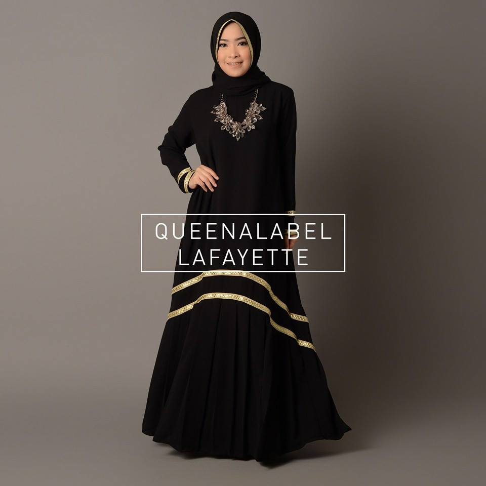 New Lafayette by Queenalabels Hitam