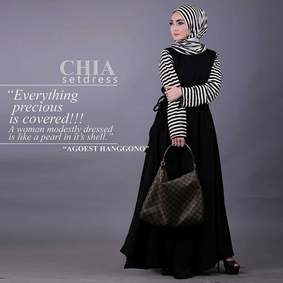 CHIA  HITAM  by Agoest Hanggono