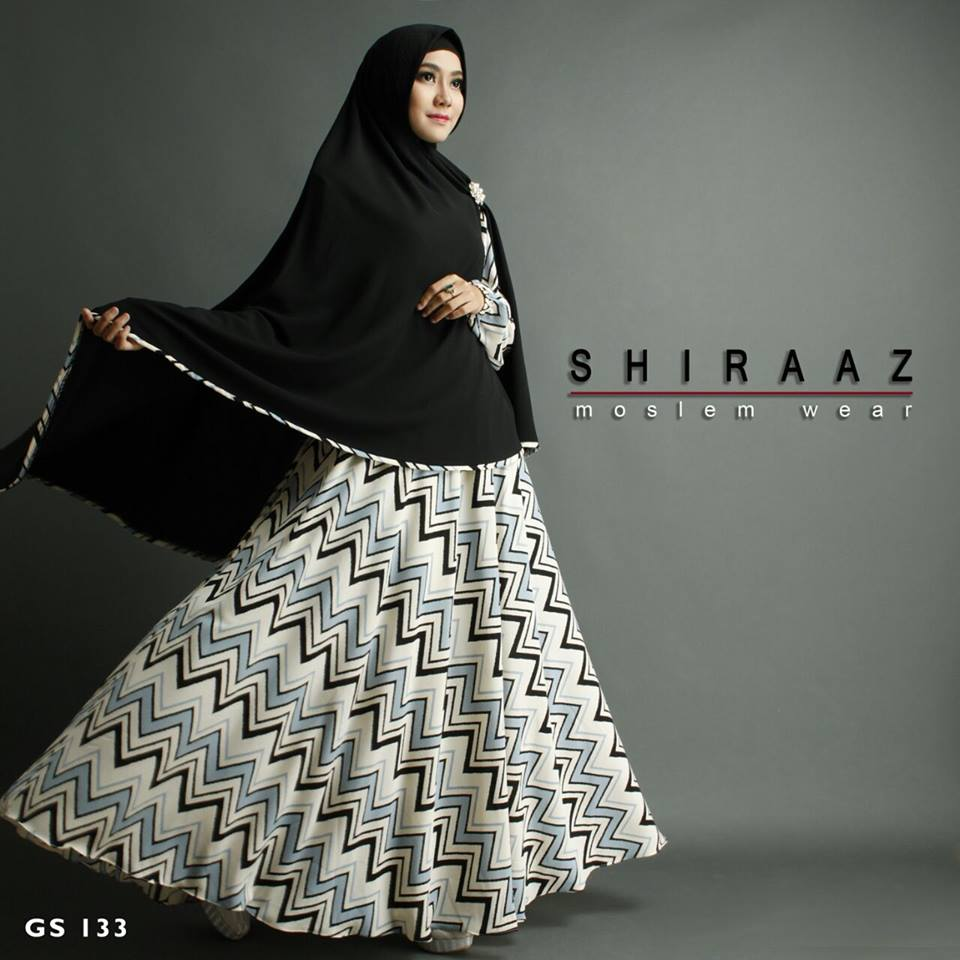 GS 133 by SHIRAAZ Hitam