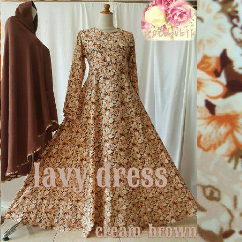 lavy dress by Uva butik cream brown