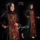 gayatri-red-black-by-oribelle