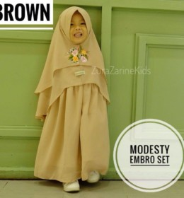 MODESTY EMBRODERY SET Brown by ZURA