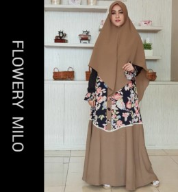 Flowery dress by Aidha MI
