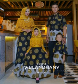 Wulandhany Couple Family y